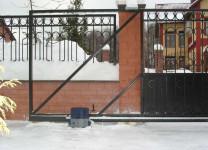 Электродвигатель автоматических откатных ворот