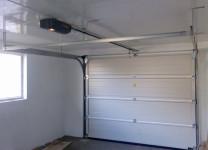 Установка секционных гаражных ворот