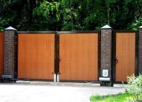 Распашны ворота с электроприводом для дачи