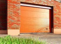 Секционные ворота для гаража от Алютех