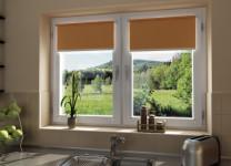 MINI рулонные шторы на кухне