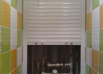 Роллеты в туалет и санузел: фото