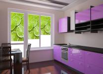 Рулонные фотошторы на кухне